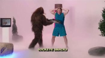 Jack Link's Beef Jerky TV Spot, 'SasquatchWorkout: Bench' Ft Clay Matthews - Thumbnail 5