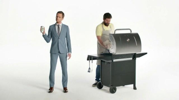 Heineken Light TV Spot, 'The Grill Master' Featuring Neil Patrick Harris - Thumbnail 3