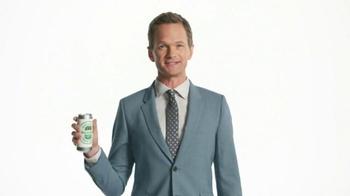 Heineken Light TV Spot, 'The Grill Master' Featuring Neil Patrick Harris - Thumbnail 6