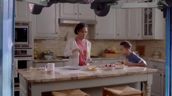 Meineke Car Care Centers TV Spot, 'Kitchen Lift' - Thumbnail 2