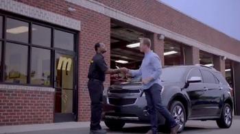 Meineke Car Care Centers TV Spot, 'Kitchen Lift' - Thumbnail 7