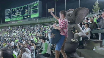 Wonderful Pistachios TV Spot, 'Ernie at the Ball Game' - Thumbnail 1