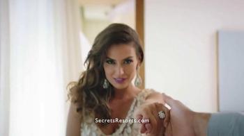 Secrets Resorts TV Spot, 'Make a Secret on Your Vacation' - Thumbnail 6