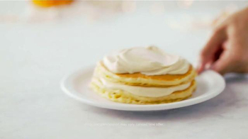Denny's Holiday Pancakes TV Spot, 'To Share or Not to Share' - Thumbnail 6