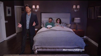 Mattress Firm TV Spot, 'Es hora de reemplazar' con Erik Estrada [Spanish] - Thumbnail 4