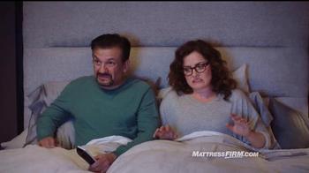 Mattress Firm TV Spot, 'Es hora de reemplazar' con Erik Estrada [Spanish] - Thumbnail 5