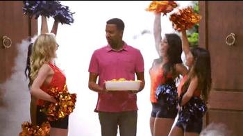 Papa John's Pan Pizza TV Spot, 'Smoke Machine' Featuring Peyton Manning - Thumbnail 3