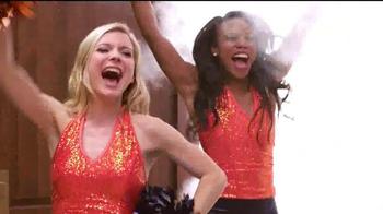 Papa John's Pan Pizza TV Spot, 'Smoke Machine' Featuring Peyton Manning - Thumbnail 6