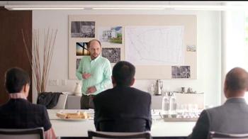 Bounce TV Spot, 'Las arrugas arruinan la reunión de Daniel' [Spanish]