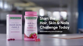 Nature's Bounty Hair, Skin & Nails TV Spot, 'Model' - Thumbnail 5