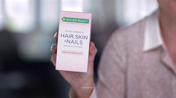 Nature's Bounty Hair, Skin & Nails TV Spot, 'Model' - Thumbnail 1