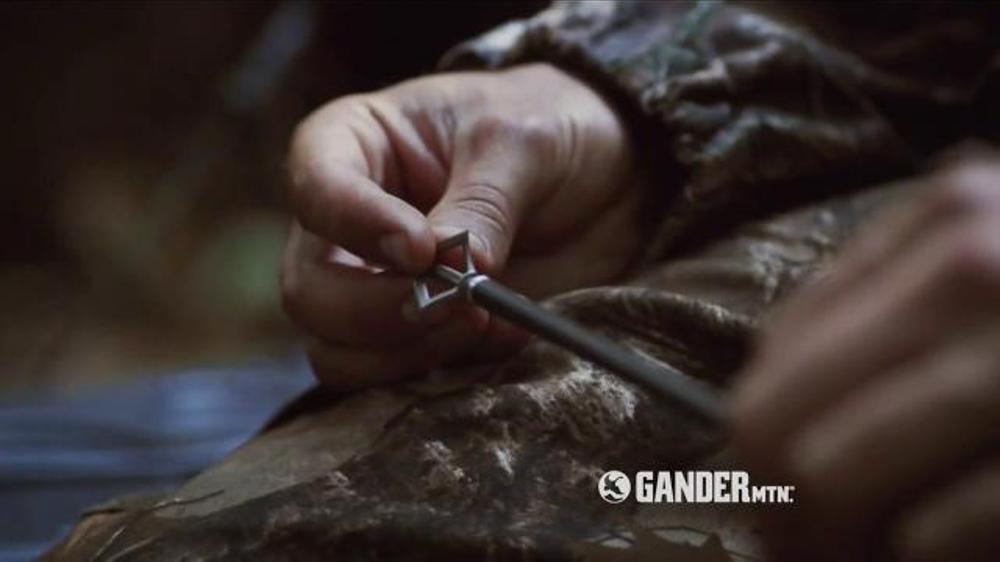 Gander Mountain TV Commercial, 'The Hunt Is On: Fieldwear & Blind'