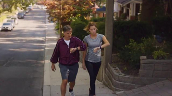 Fitbit Charge 2 TV Spot, 'Big Day' - Thumbnail 4