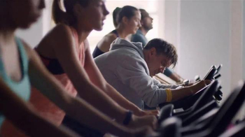 Fitbit Charge 2 TV Spot, 'Big Day' - Thumbnail 5