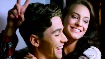 Belk TV Spot, 'Heart: Meet Cute' Song by Brandi Carlile - Thumbnail 7