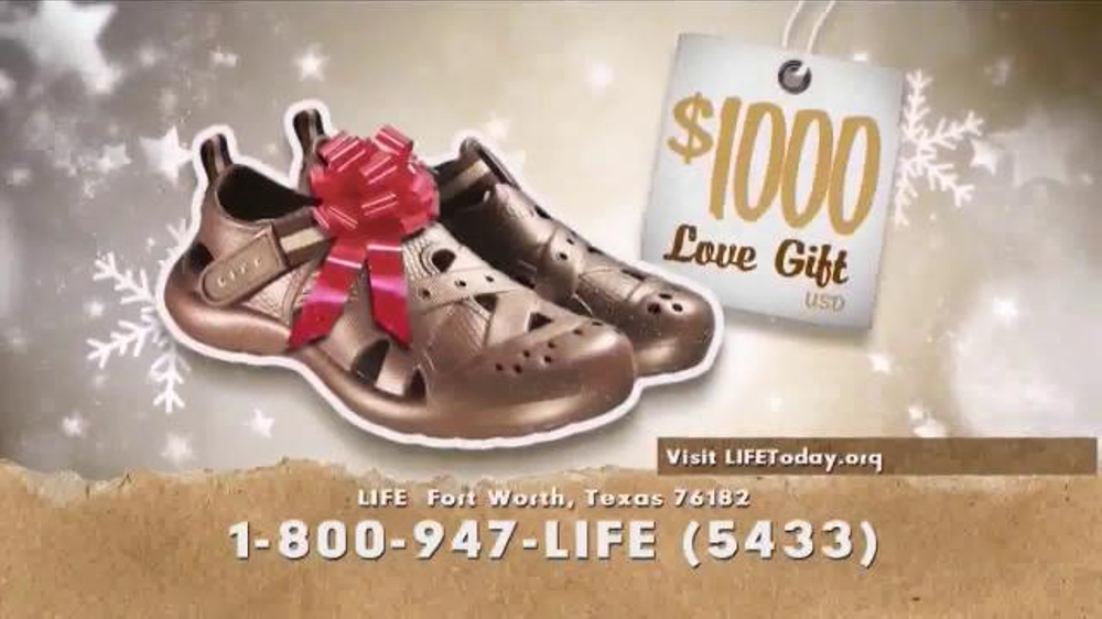 LIFE Outreach International TV Commercial, 'Christmas Shoes'