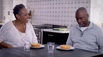 Marie Callender's Turkey Pot Pie TV Spot, 'Keep Warm' - Thumbnail 7