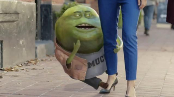 Mucinex 12 hour TV Spot, 'Dragging' - Thumbnail 4