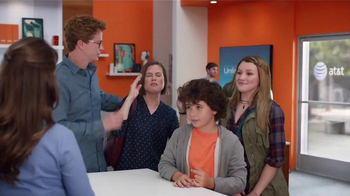 AT&T Unlimited Plan TV Spot, 'Data Rich' Song by T.I. - Thumbnail 7