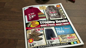Bass Pro Shops Trophy Deals TV Spot, '2016 Boats' - Thumbnail 5