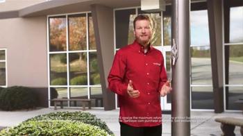 TaxSlayer.com TV Spot, 'Checkered Flag' Featuring Dale Earnhardt Jr. - Thumbnail 3
