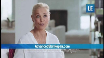 Advanced Skin Repair With Ceramides TV Spot, 'Special Blend' - Thumbnail 5