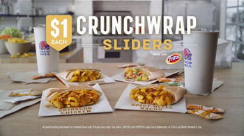 Taco Bell Crunchwrap Sliders TV Spot, 'Amazing Splits' - Thumbnail 9