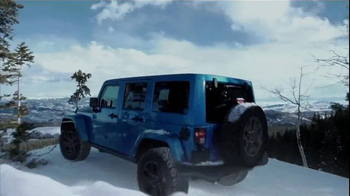 2016 Jeep Wrangler Backcountry Edition TV Spot, 'Mr. Ten Below' - Thumbnail 10