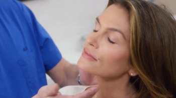 Meaningful Beauty TV Spot, 'Glow' Featuring Cindy Crawford - Thumbnail 1