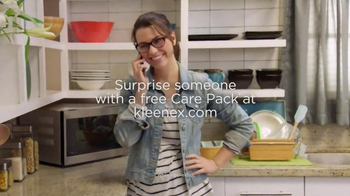 Kleenex Care Pack TV Spot, 'A Note' - Thumbnail 8
