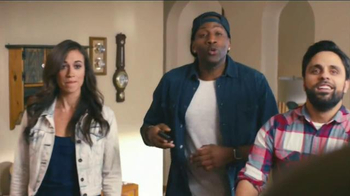 DiGiorno TV Spot, 'Phone Slap' Featuring Clay Matthews - Thumbnail 4