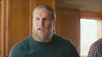 DiGiorno TV Spot, 'Phone Slap' Featuring Clay Matthews - Thumbnail 5