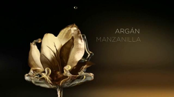 L'Oreal Paris Extraordinary Oil TV Spot, 'Aceite lujoso' [Spanish] - Thumbnail 5