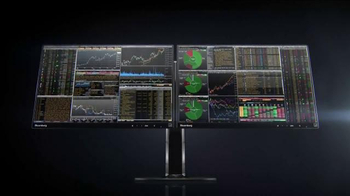 Bloomberg Professional Service TV Spot, 'Anywhere' - Thumbnail 8