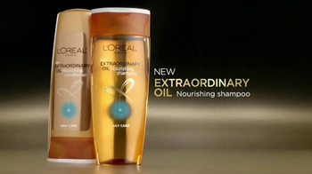 L'Oreal Paris Extraordinary Oil TV Spot, 'Transformed' Ft. Blake Lively - Thumbnail 3