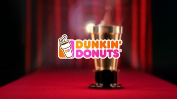 Dunkin' Donuts TV Spot, 'Red Carpet Golden Cup 2016: Dressed Up' - Thumbnail 4