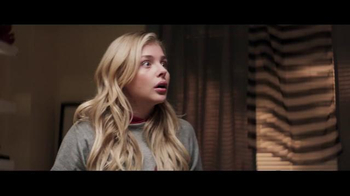 Neighbors 2: Sorority Rising - Thumbnail 3