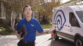 Time Warner Cable TV Spot, 'Tanning' - Thumbnail 10