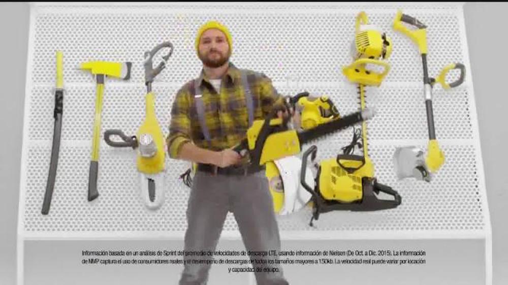 Sprint 4G LTE TV Commercial, 'Mejor por menos'