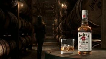 Jim Beam TV Spot, 'Un vistazo adentro' con Mila Kunis [Spanish] - Thumbnail 7