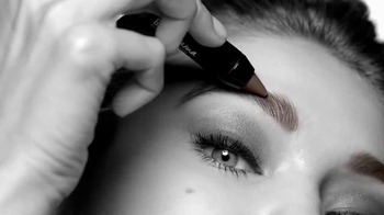 Maybelline New York Brow Drama Pomade Crayon TV Spot, 'The Perfect Brow'