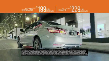 The Honda New Year Roll Out TV Spot, 'The 2016 Civic' - Thumbnail 7