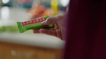 Larabar Apple Pie TV Spot, 'Bar Form' - Thumbnail 1