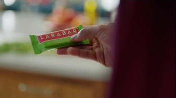 Larabar Apple Pie TV Spot, 'Bar Form' - Thumbnail 4