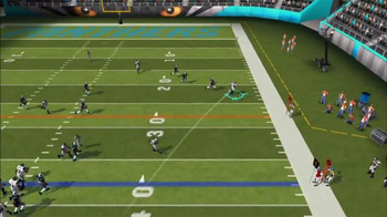 Madden NFL Mobile TV Spot, 'Seattle Seahawks vs. Carolina Panthers' - Thumbnail 6