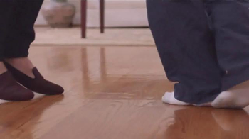 Blue-Emu Continuous Pain Relief Spray TV Spot, 'Dancing' - Thumbnail 3