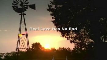 Overstock.com TV Spot, 'Love Song' Feat. Joey Martin Feek, Rory Lee Feek - Thumbnail 2