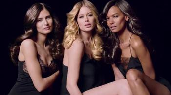 L'Oreal Paris Extraordinary Oil TV Spot, 'Nourished' Feat. Doutzen Kroes - 17 commercial airings