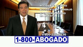 1-800-ABOGADO TV Spot, 'Cualquier accidente' [Spanish] - Thumbnail 6