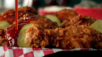 KFC Nashville Hot Chicken TV Spot, 'Boardroom' Featuring Norm Macdonald - Thumbnail 8
